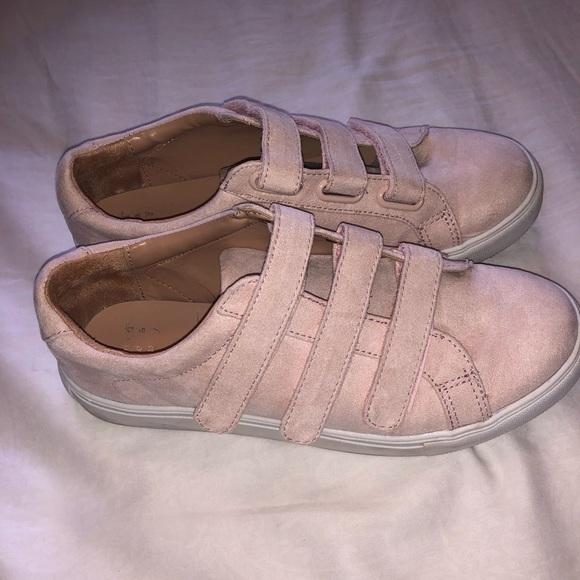 Dusty Pink Velcro Sneakers